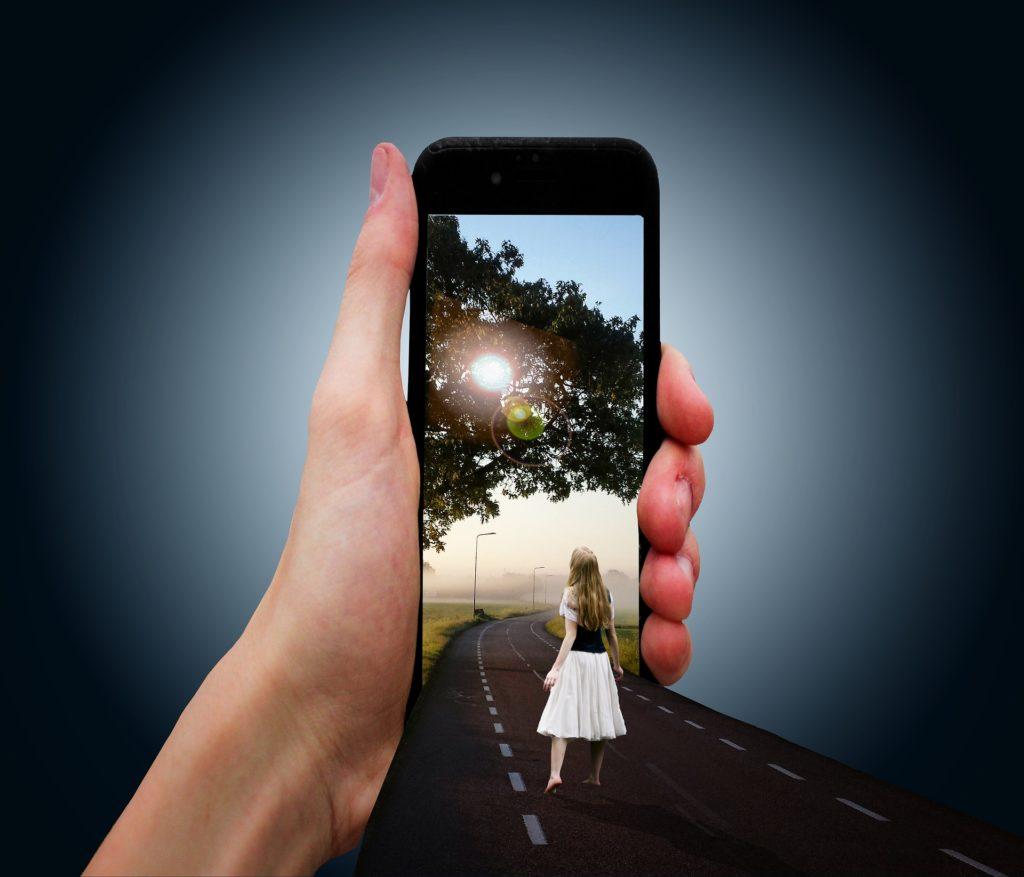"""【2020トレンド予測】Instagramを活用する企業が導入すべき""""ARフィルター""""とは"""