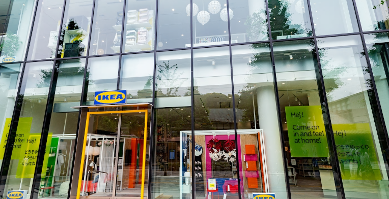 IKEA原宿は限られた面積の問題をARで解決した
